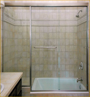MODEL #185 Twin Roll And Inline Panel Shower Door / Tub Enclosure Bring  Contemporary Style To Your Bathroom With This 3/8u2033 Tempered Glass Shower  Door Unit.